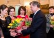 Губернатор поздравил многодетных матерей