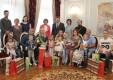 В Загсе поздравили детей, рожденных в День святых Петра и Февронии