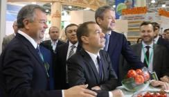 Дмитрий Медведев увидел будущее калужских аграриев