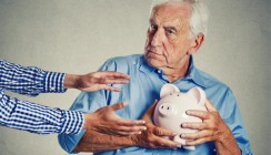 Мужчины чаще копят на негосударственную пенсию