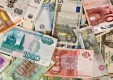 ВТБ первым на рынке запустил котирование биржевого фонда в трех валютах